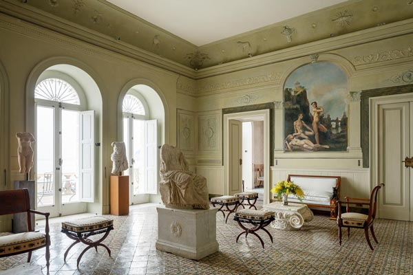 Villa Astor Sorrento luxury home accommodation reception area salon Farfalle fresco neoclassical style The Heritage Collection exclusive rent rental weddings events
